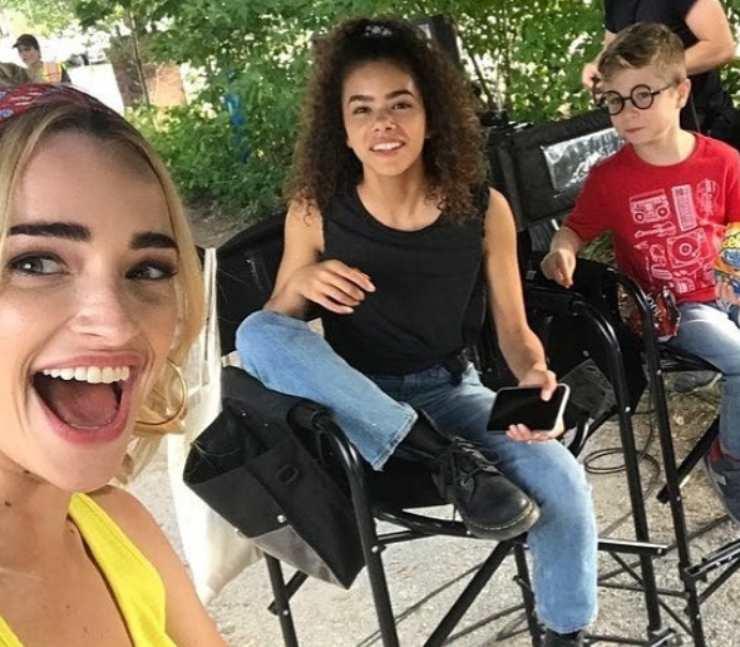 Cast di Ginny & Georgia - fonte Instagram