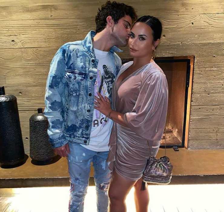Demi Lovato e Max Ehrich - Fonte: Instagram