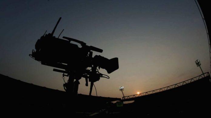 Telecamera al tramonto - Fonte: Getty Images