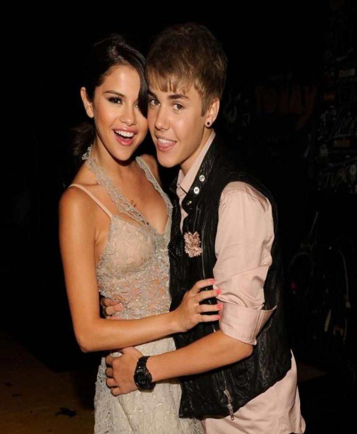 Justin Bieber e Selena Gomez - Fonte: Pinterest