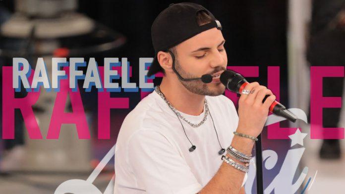 Raffaele Renda, cantante italiano - Fonte: Twitter