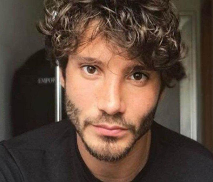 Stefano De Martino, giurato di Amici 20 e presentatore italiano - Fonte: Instagram