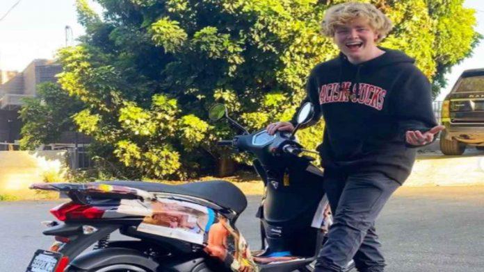 Alex Warren e la sua moto - fonte Instagram