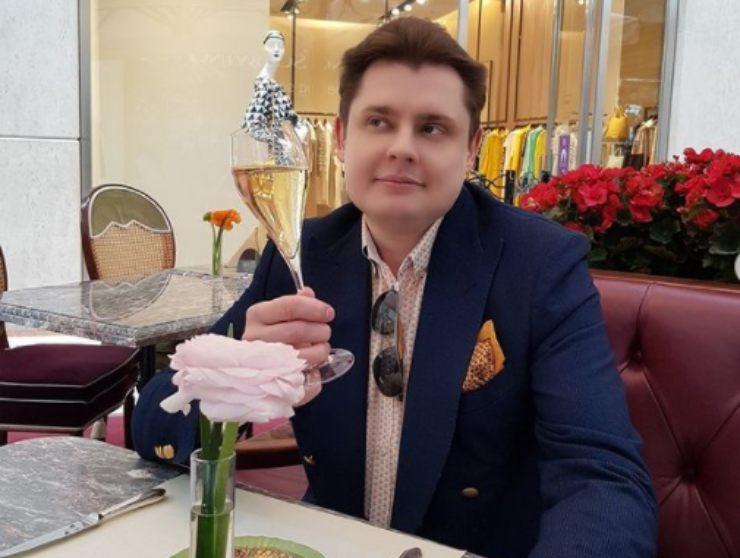 Evgenii Ponasenkov - fonte Instagram