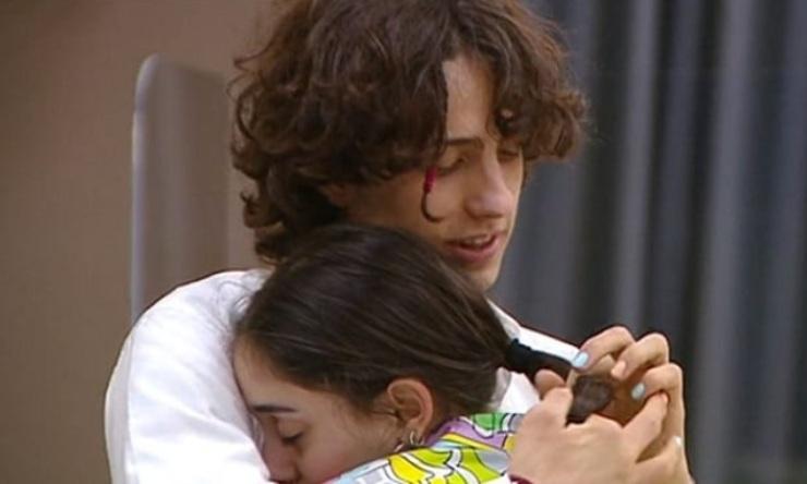 Amici 20 Giulia piange tra le braccia di Sangiovanni - Fonte: Instagram