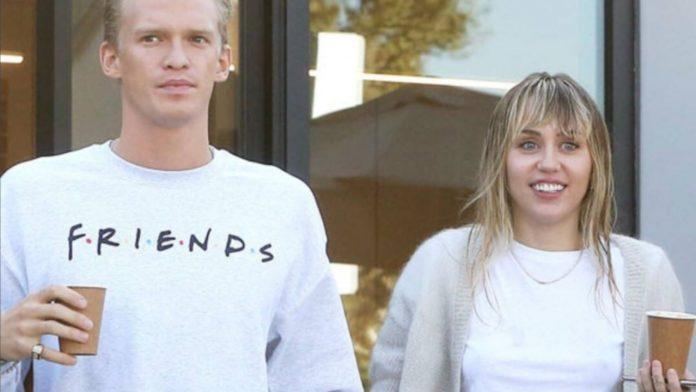 Cyrus e Simpson rompono