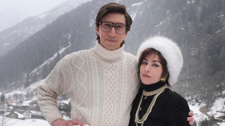 Lady Gaga e Adam Driver in House of Gucci
