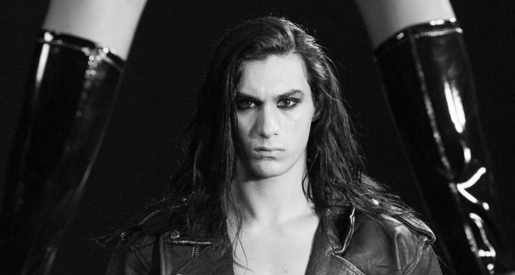 Ethan Torchio capelli