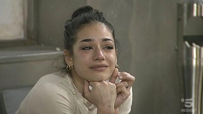 Rosa Di Grazia piange