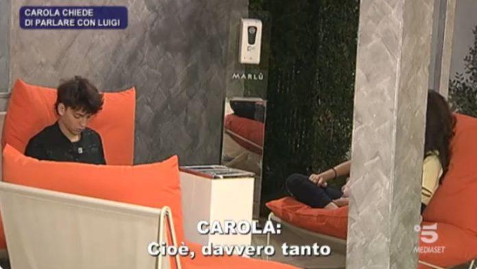 Luigi dà un due di picche a Carola
